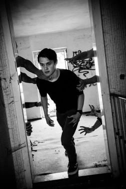 Fotoshooting im verlassenen Hotel